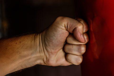 aggressive-anger-angry-163431.jpg